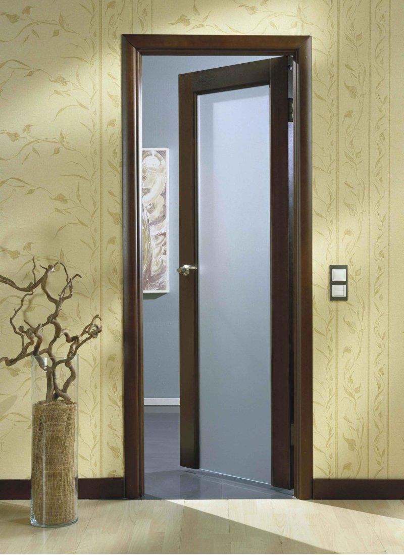 Межкомнатная дверь со стеклом 2017