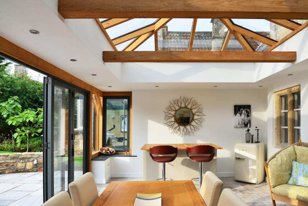 Потолок из стекла на веранде