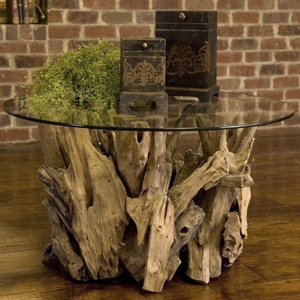 Столик из коряг