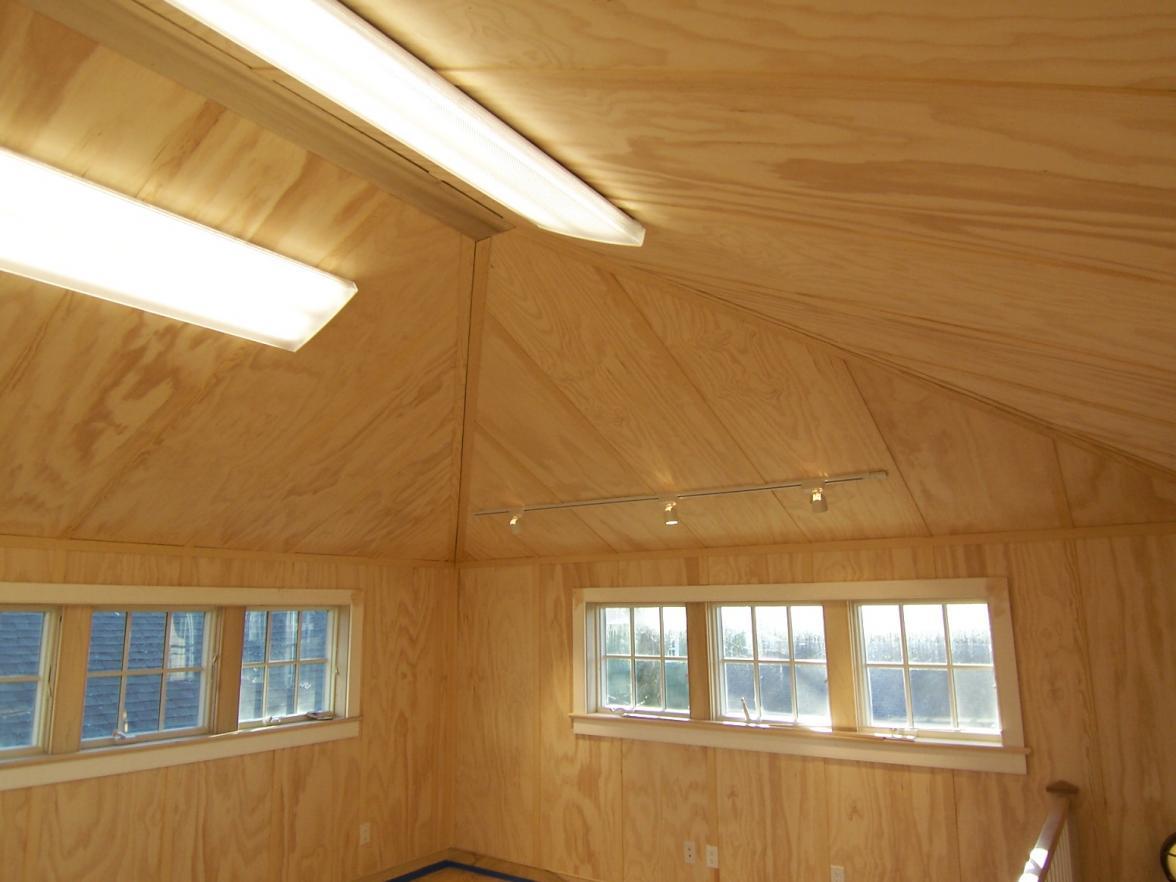Сводчатый потолок из фанеры