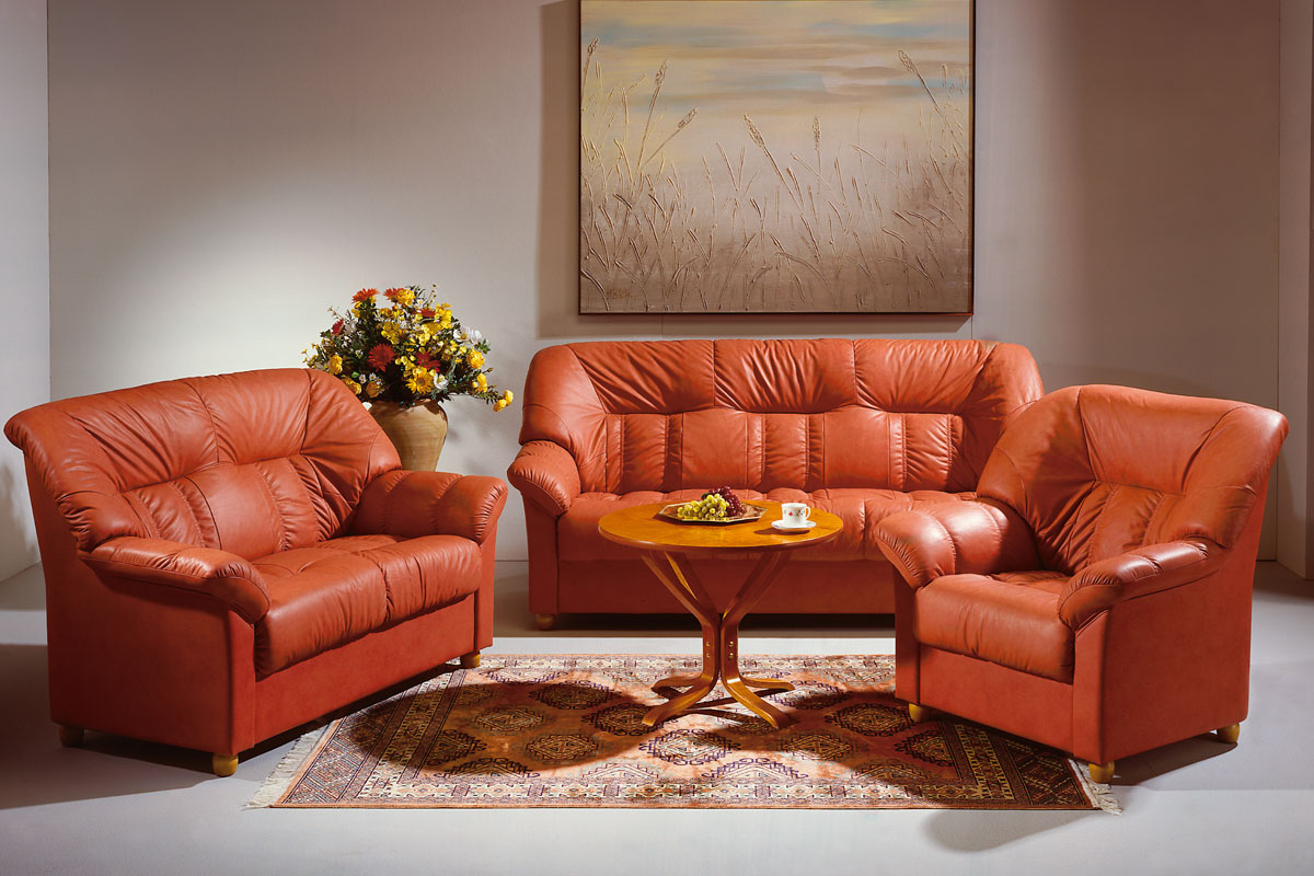 Терракотовый диван из экокожи