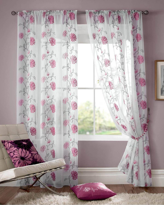 Тюль с розовыми цветами
