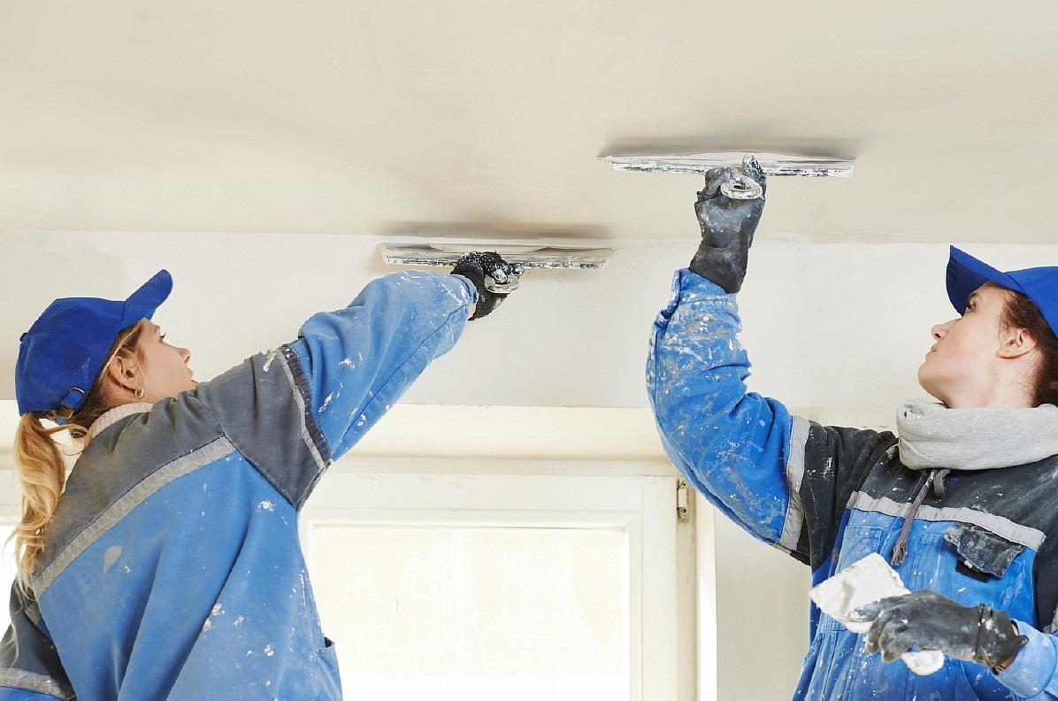 Устранение трещин на потолке