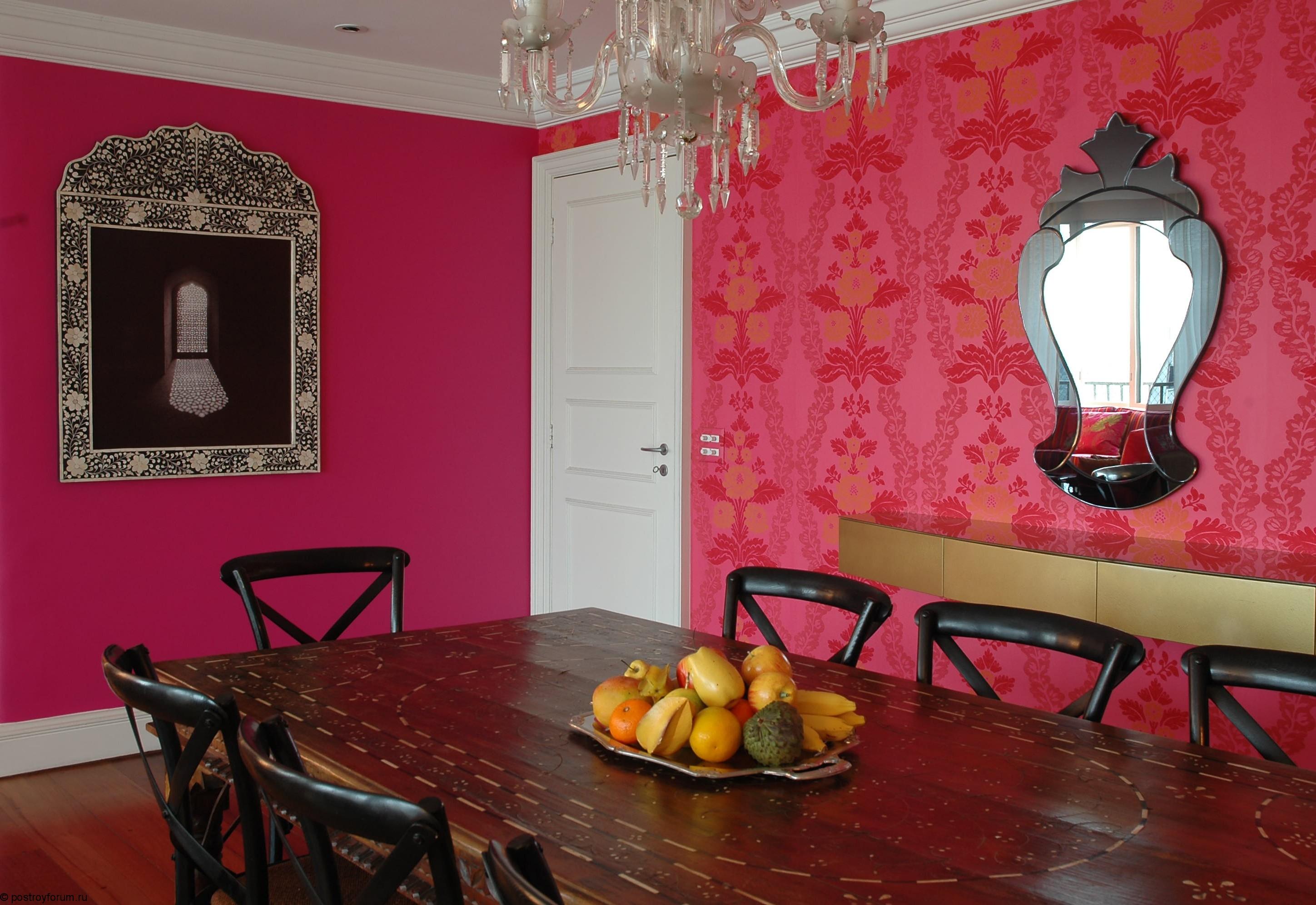 Розовые обои: создаем романтичную атмосферу (24 фото)