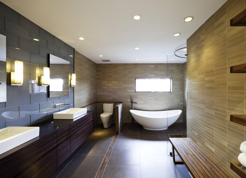 Потолочные споты в ванной