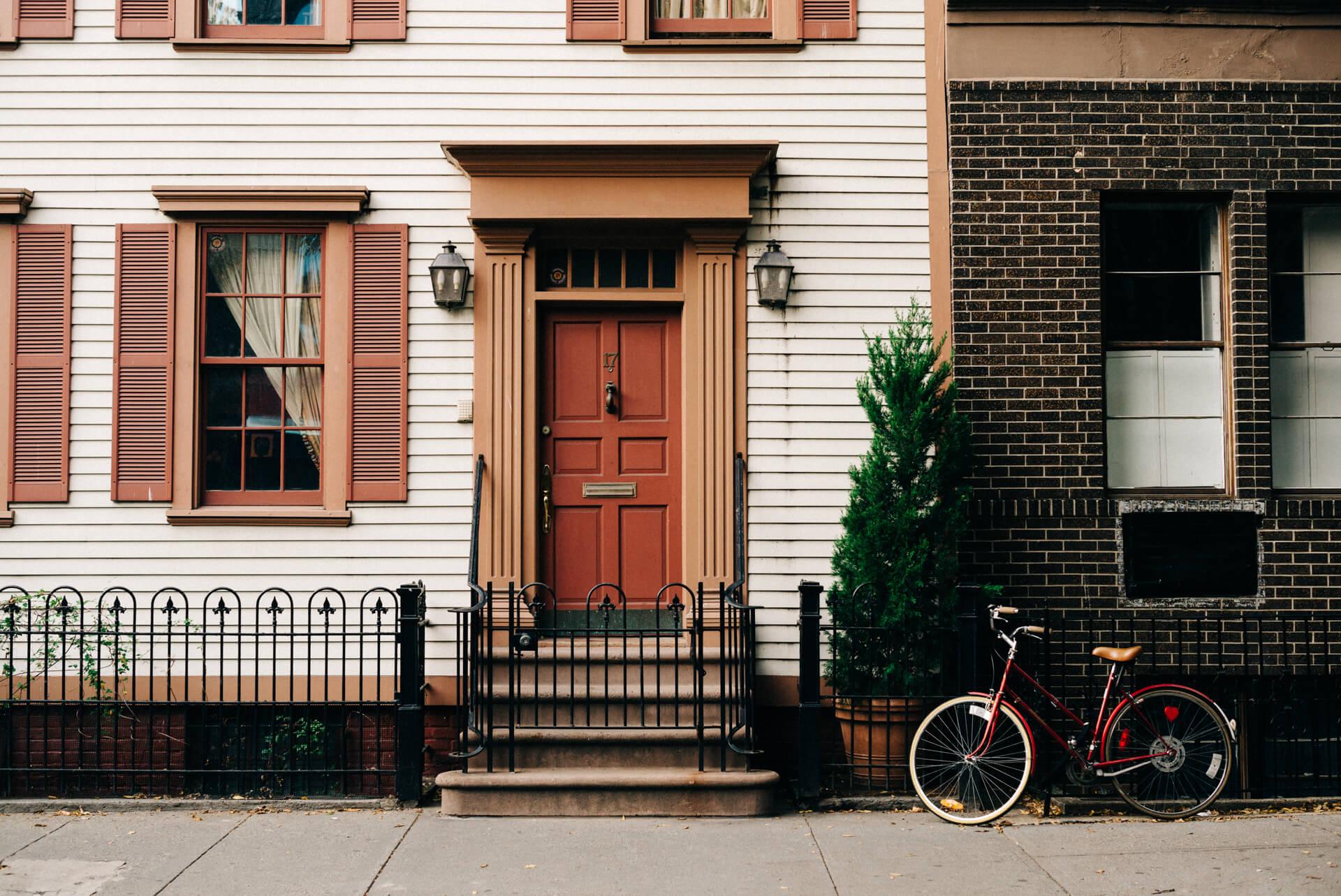 Как выбрать дверь: входные и межкомнатные, материалы, нюансы, важные критерии