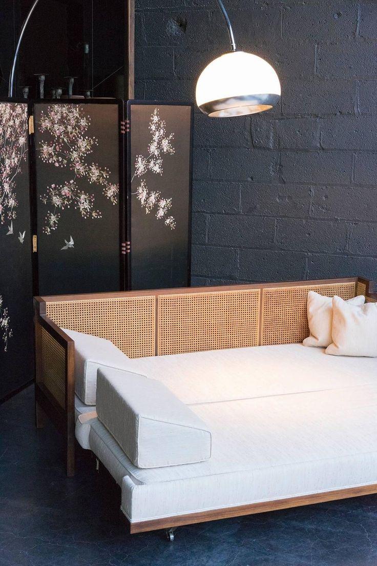 Кровать тахта в восточном стиле