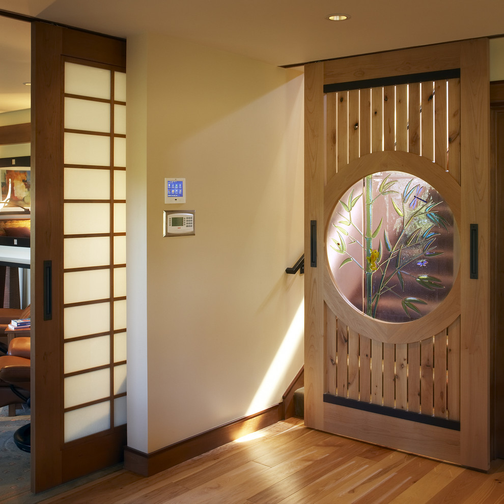 Межкомнатная дверь в японском стиле 2017