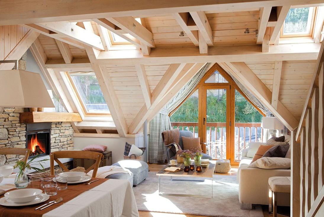 Мансардный потолок в загородном доме