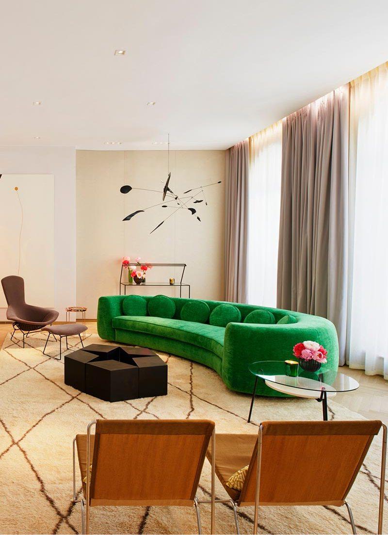 Зеленый диван-тахта