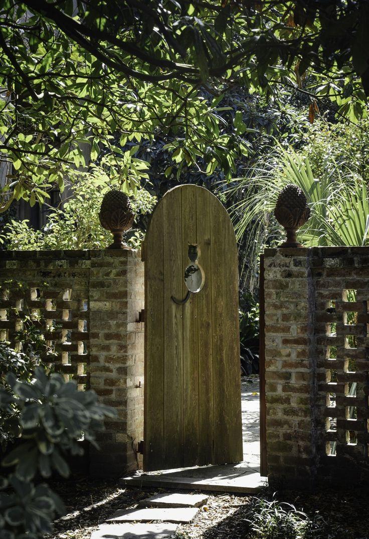 Арочные ворота для дачи