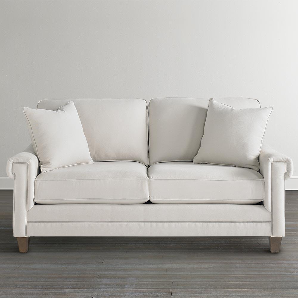 Белый диван малютка