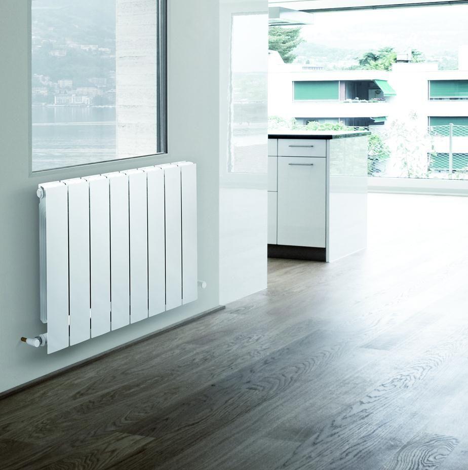 Белый биметаллический радиатор