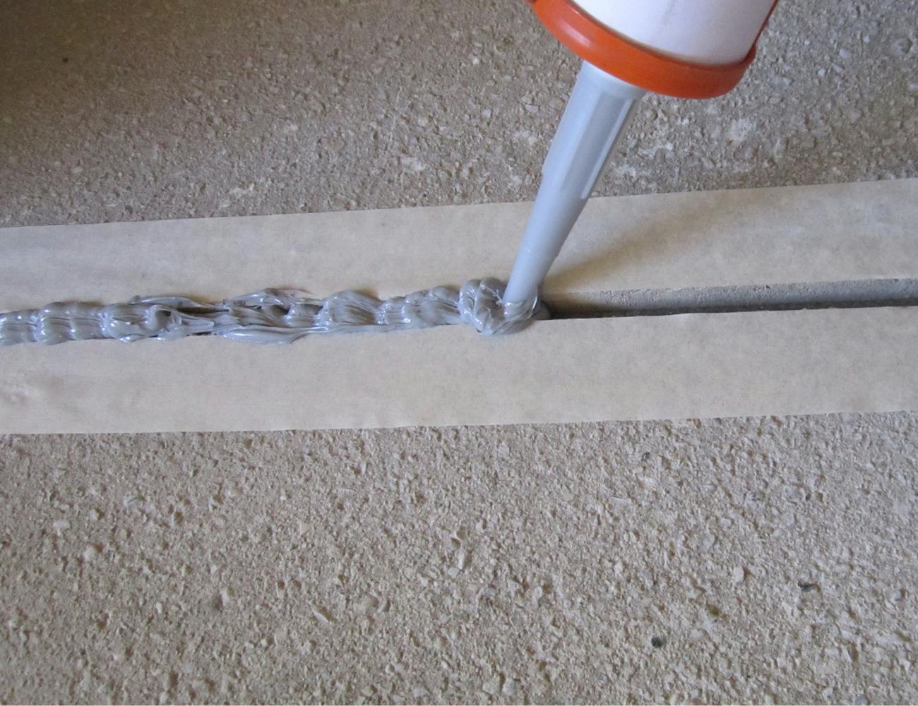 Акриловый герметик для бетона