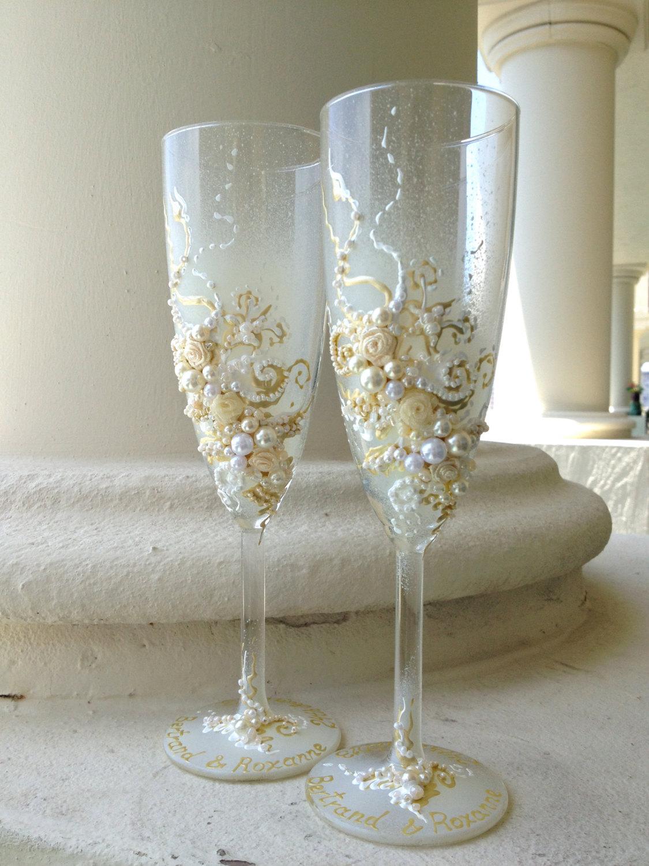 Свадебные бокалы с бусинами