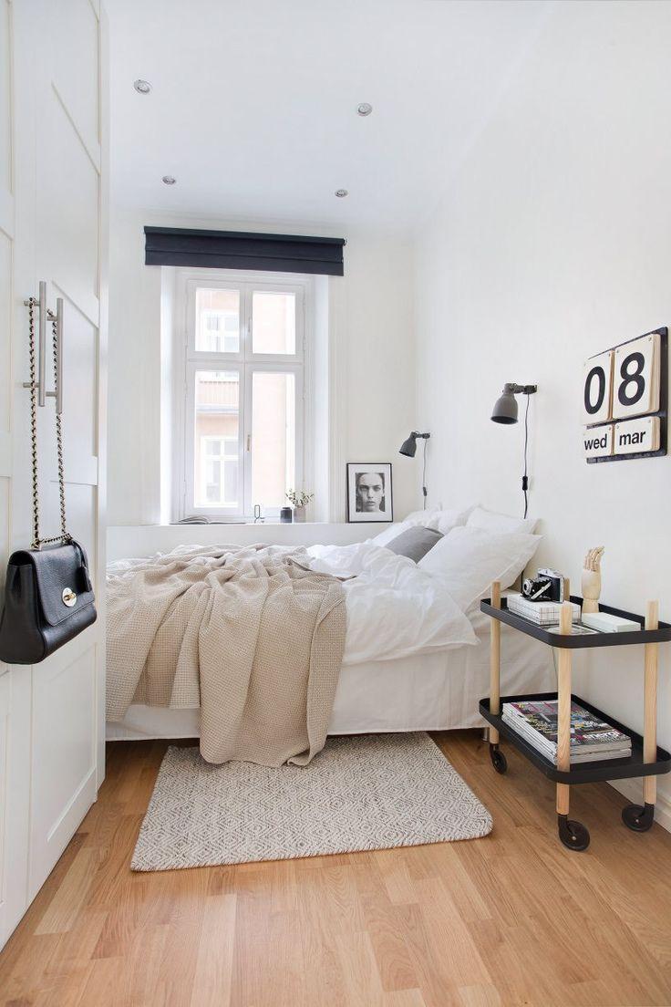 Черно-белая спальня в хрущевке