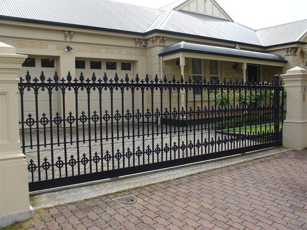 Чугунные консольные ворота