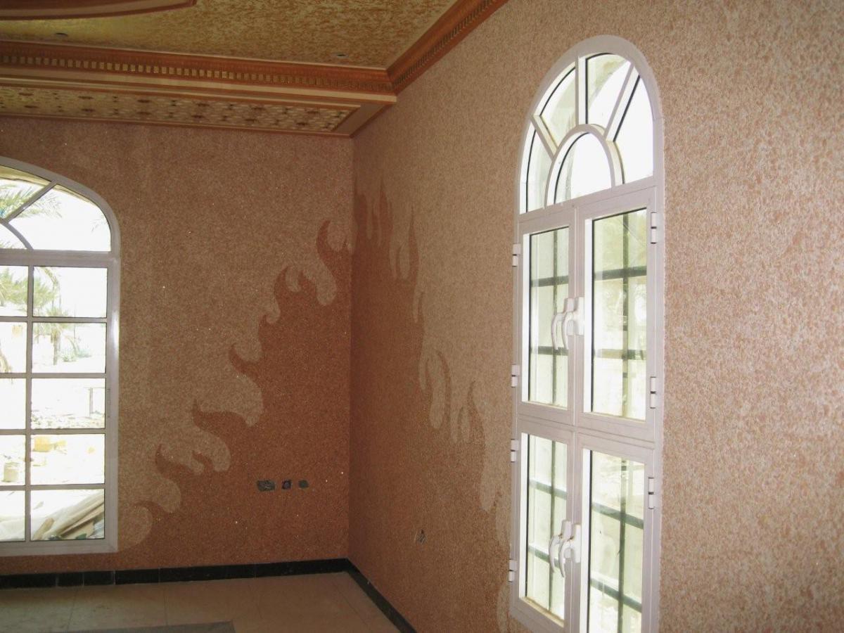 Жидкие обои на потолок в классическом стиле
