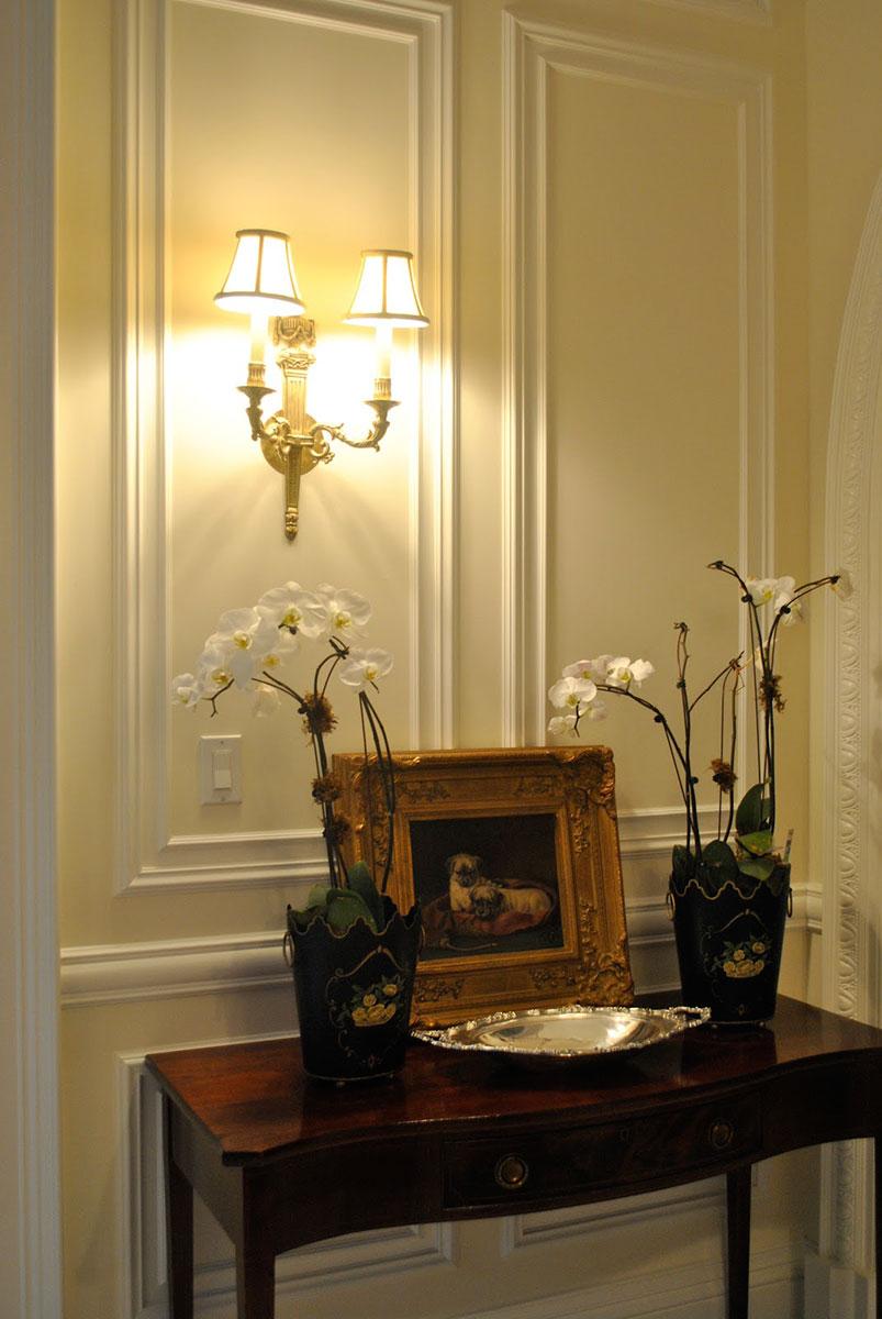 Светильник бра в классическом стиле