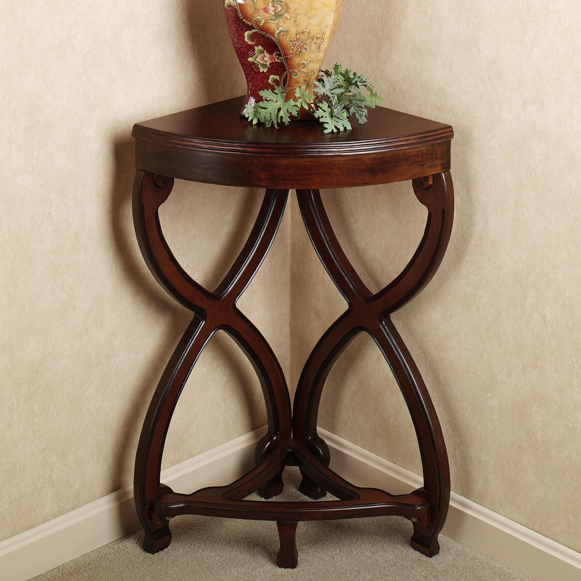 Угловой стол для цветов