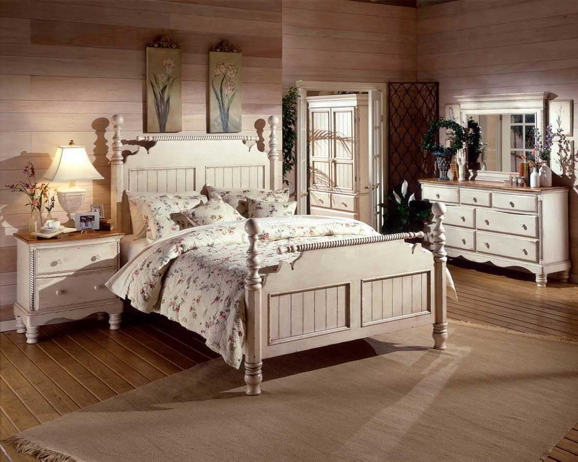 Белая мебель с декором для спальни