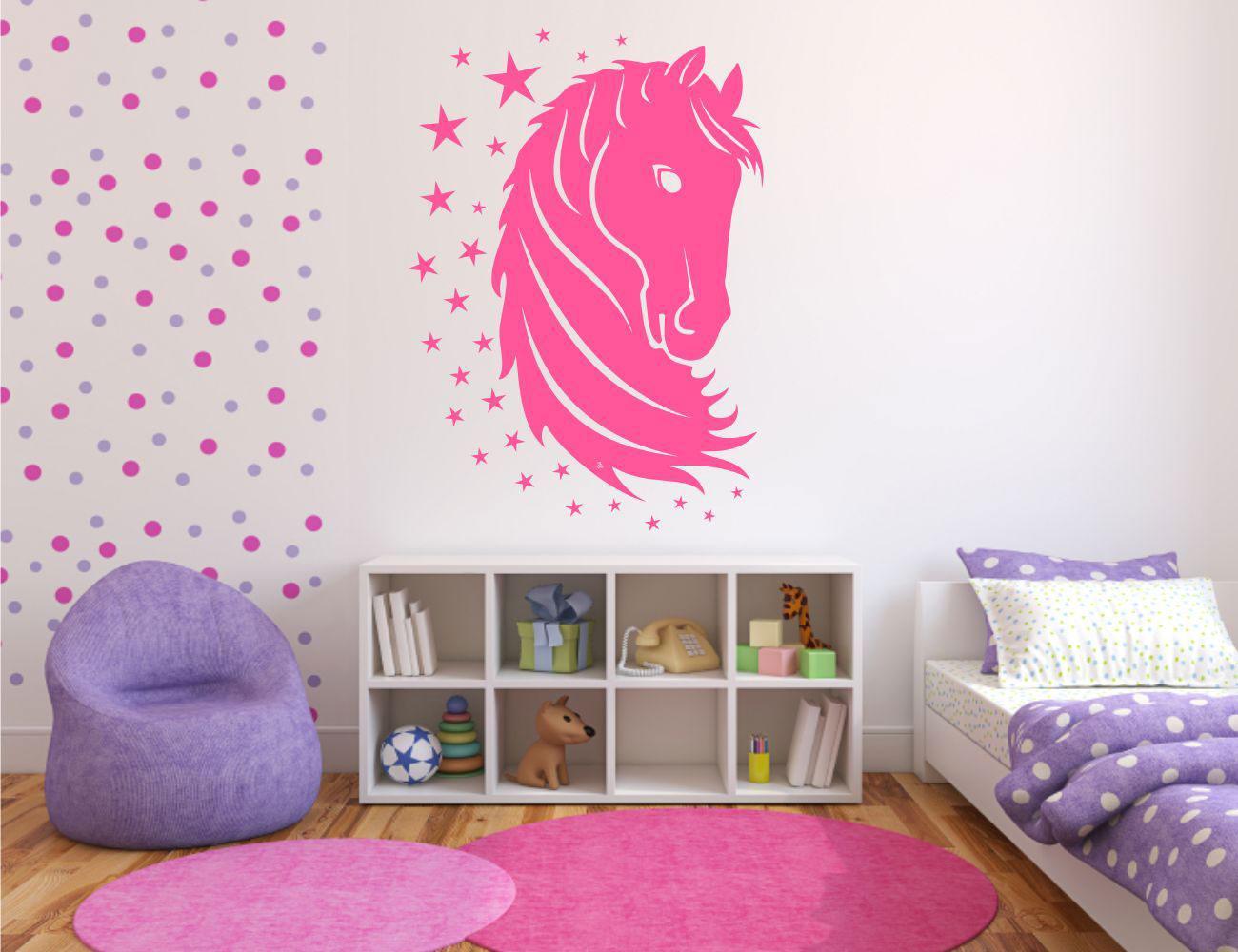Стены в детской спальне