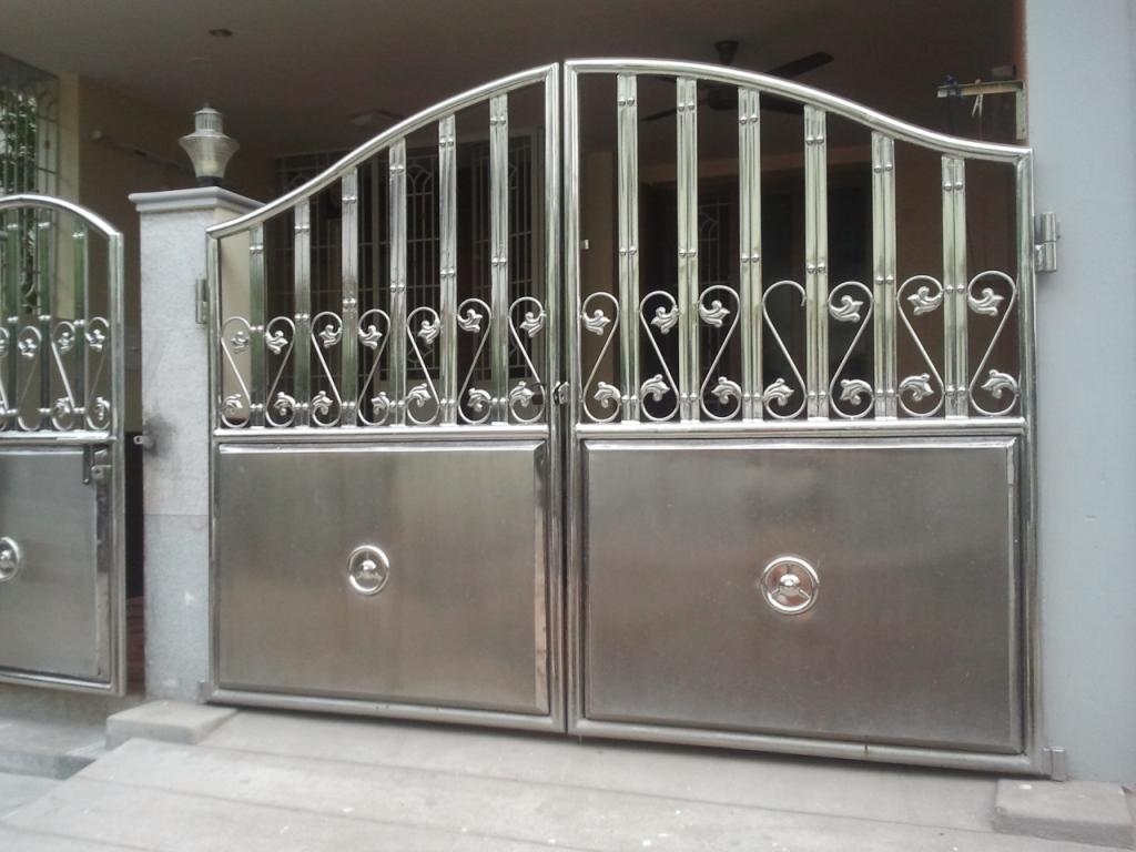 Стальные двухстворчатые ворота