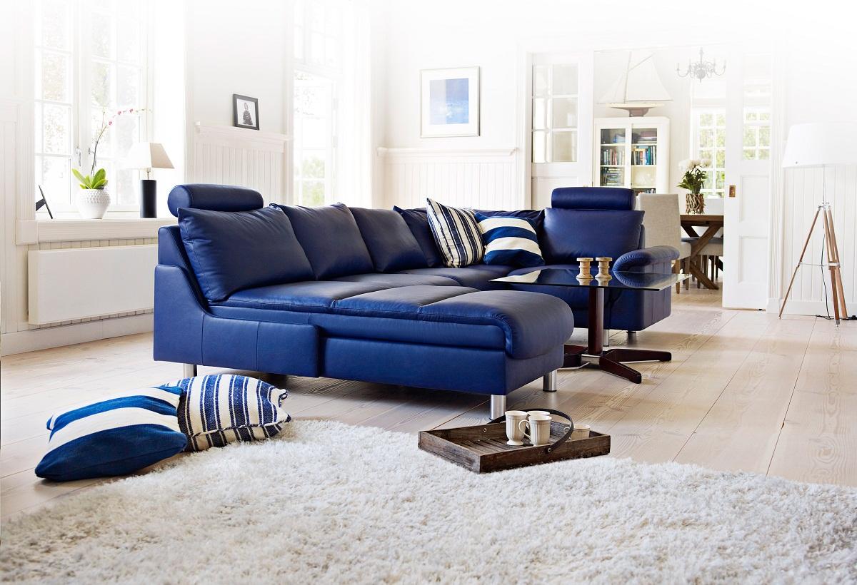 Синий диван из экокожи