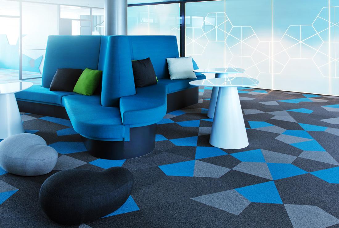 Геометрическая ковровая плитка