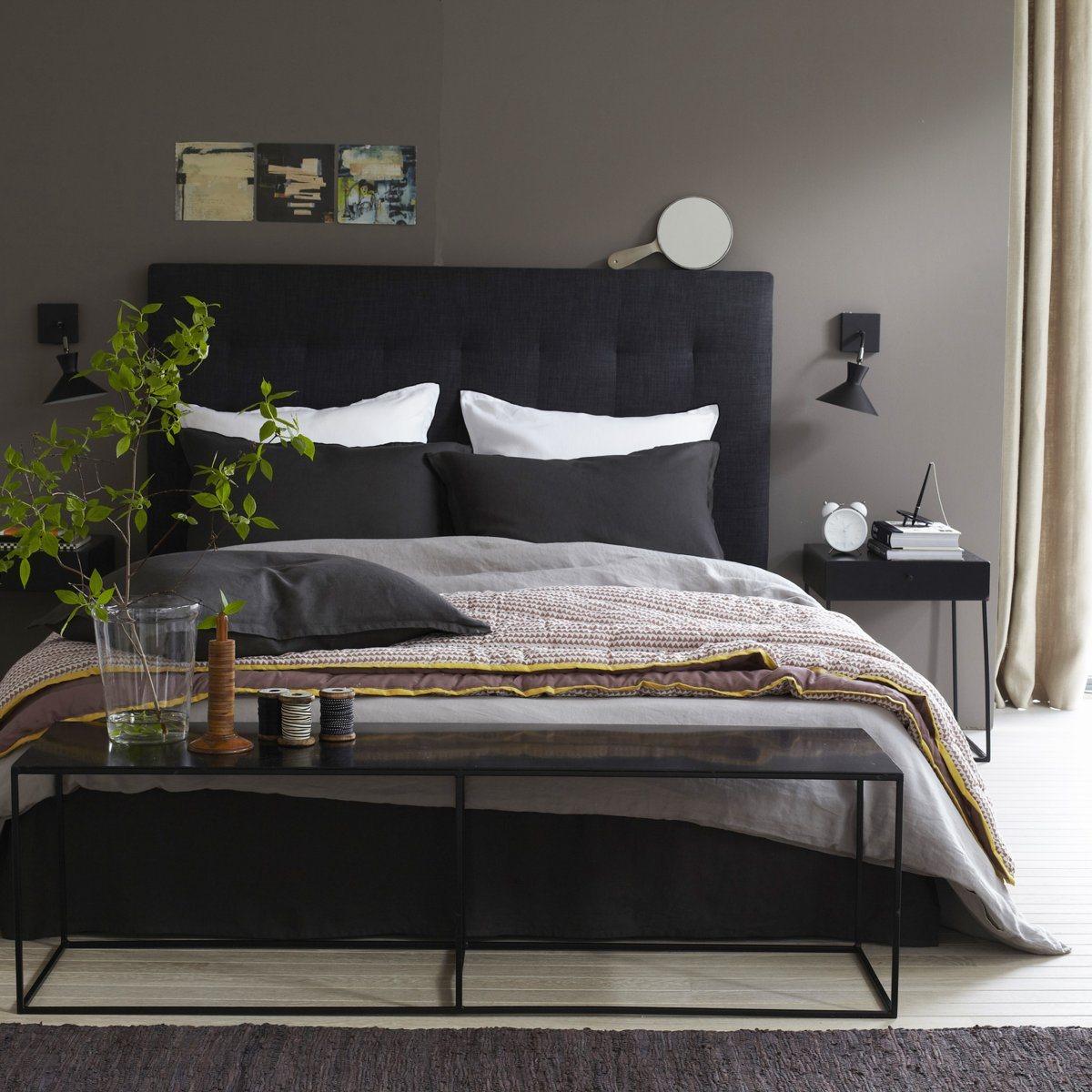 Черная кровать в интерьере: таинственность или стиль (23 фото)