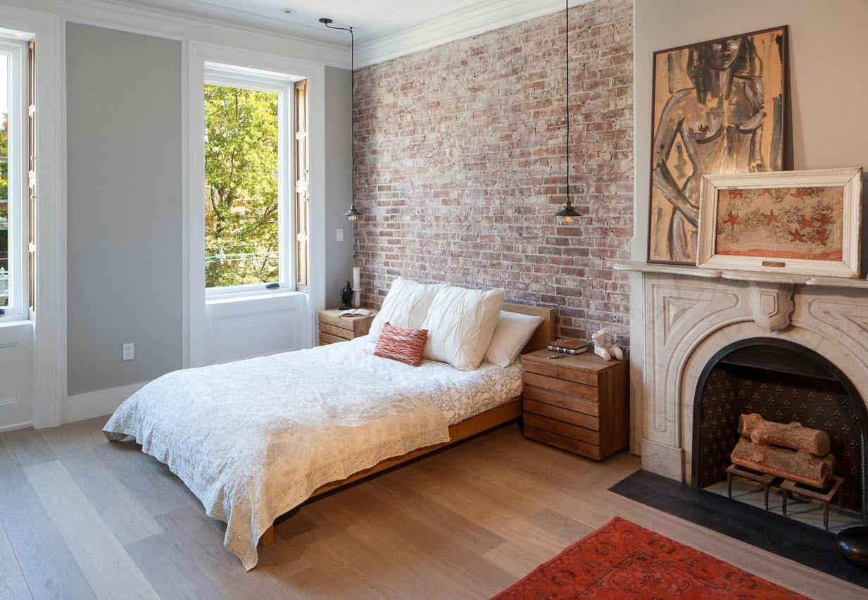 Стена из кирпича в спальне