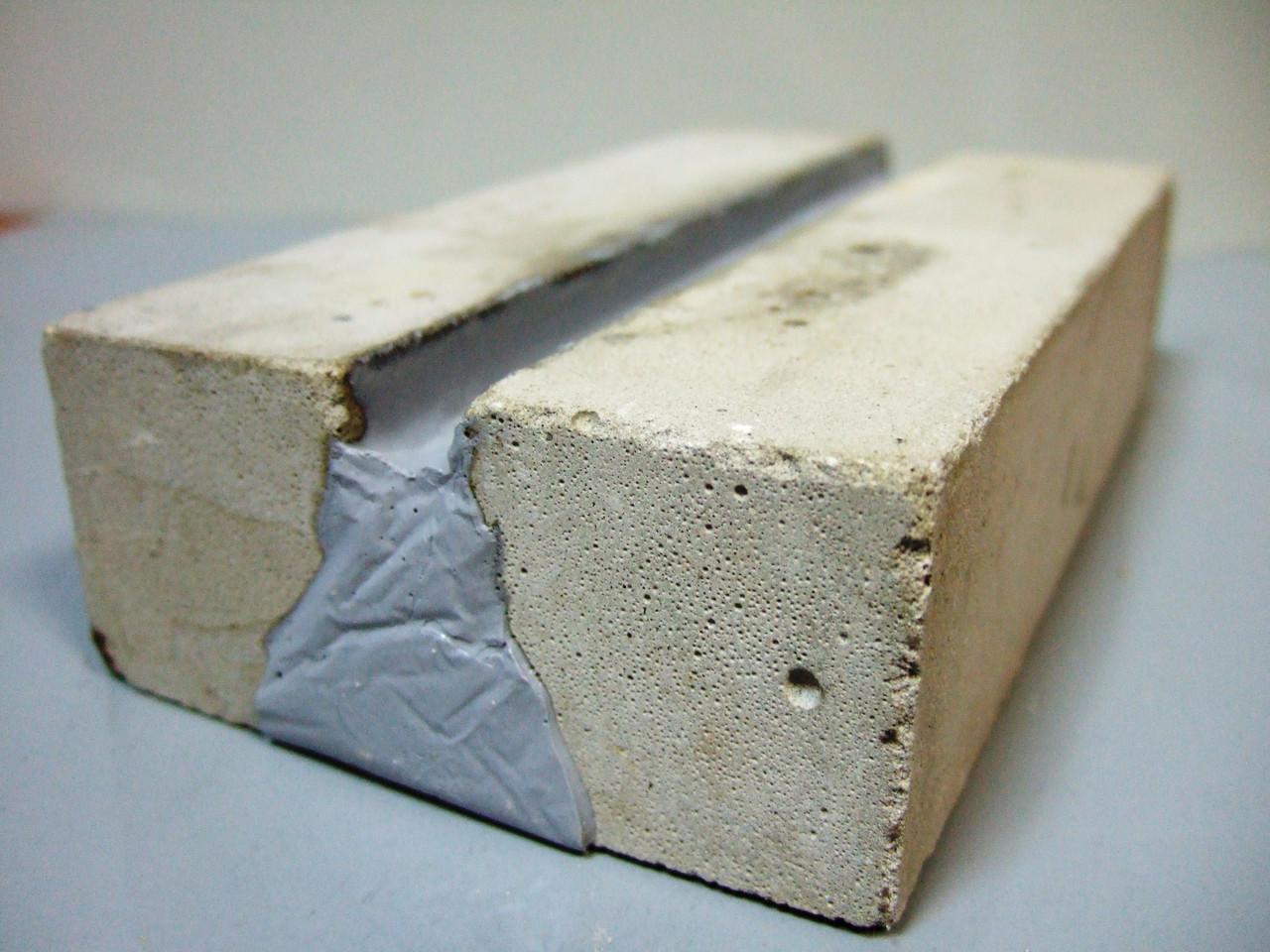 Полиуретановый герметик клей