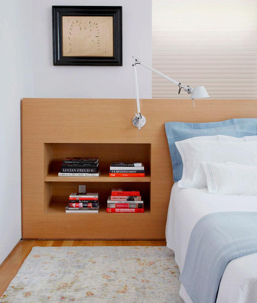 Кровать с книжными полками