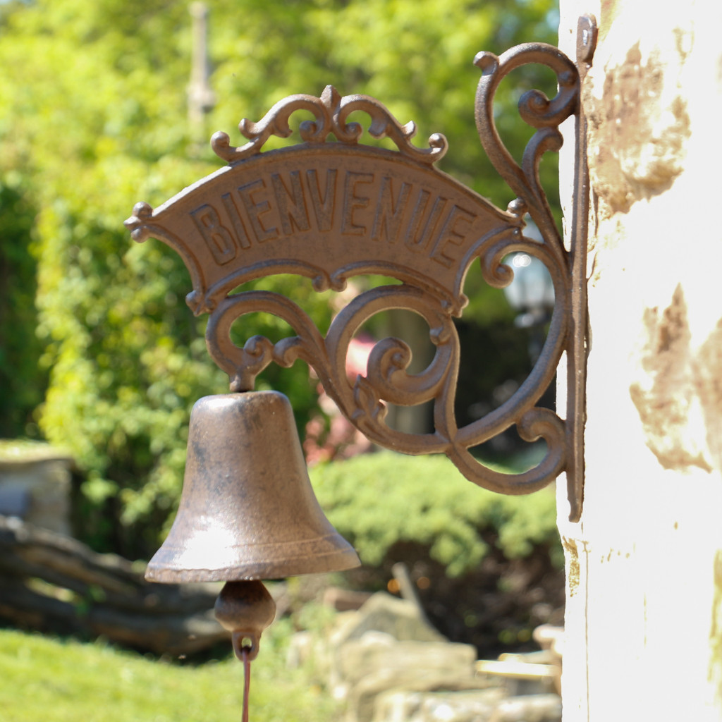 Дверной колокольчик