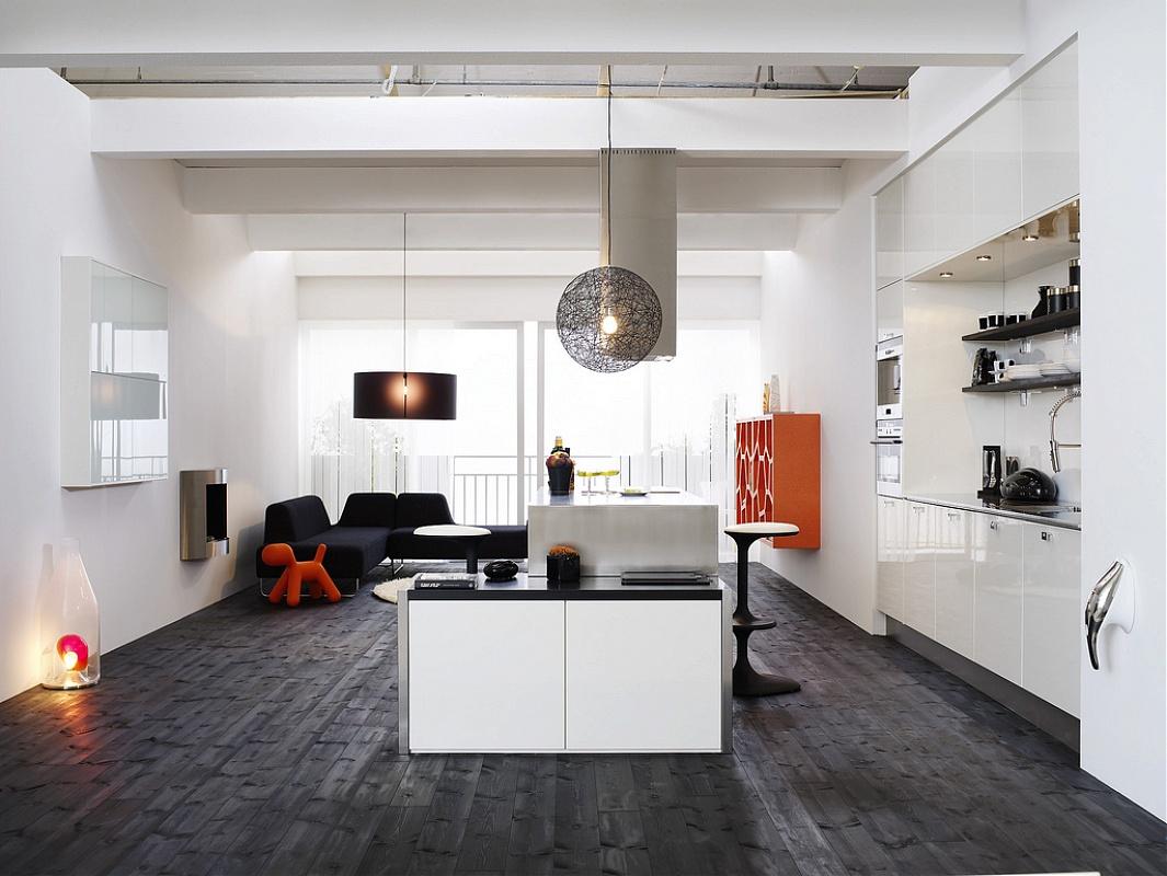 Черный ламинат на кухне
