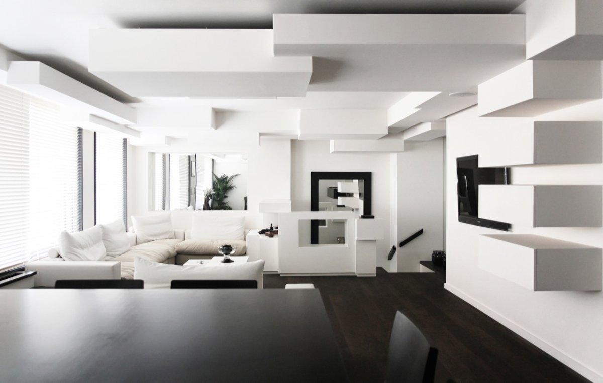Черный ламинат в квартире