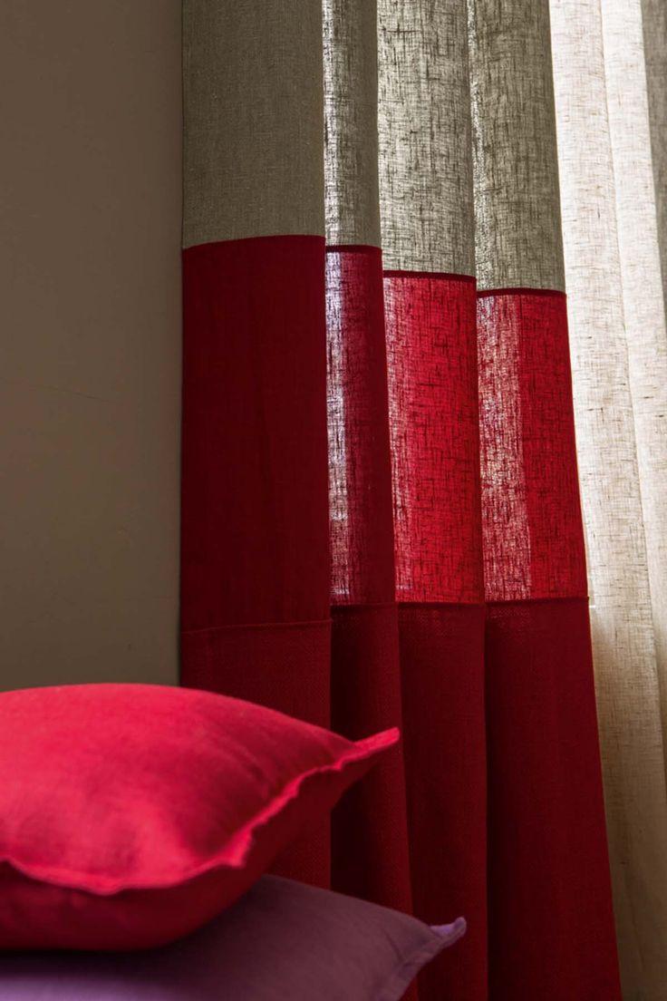 Красные шторы из льна