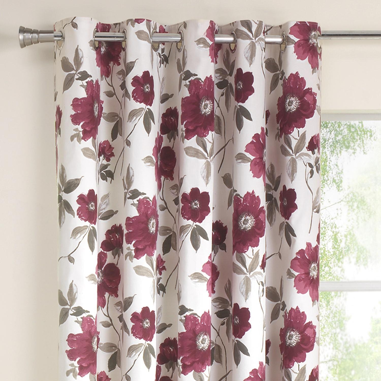 Сиреневые шторы с цветочным рисунком на люверсах