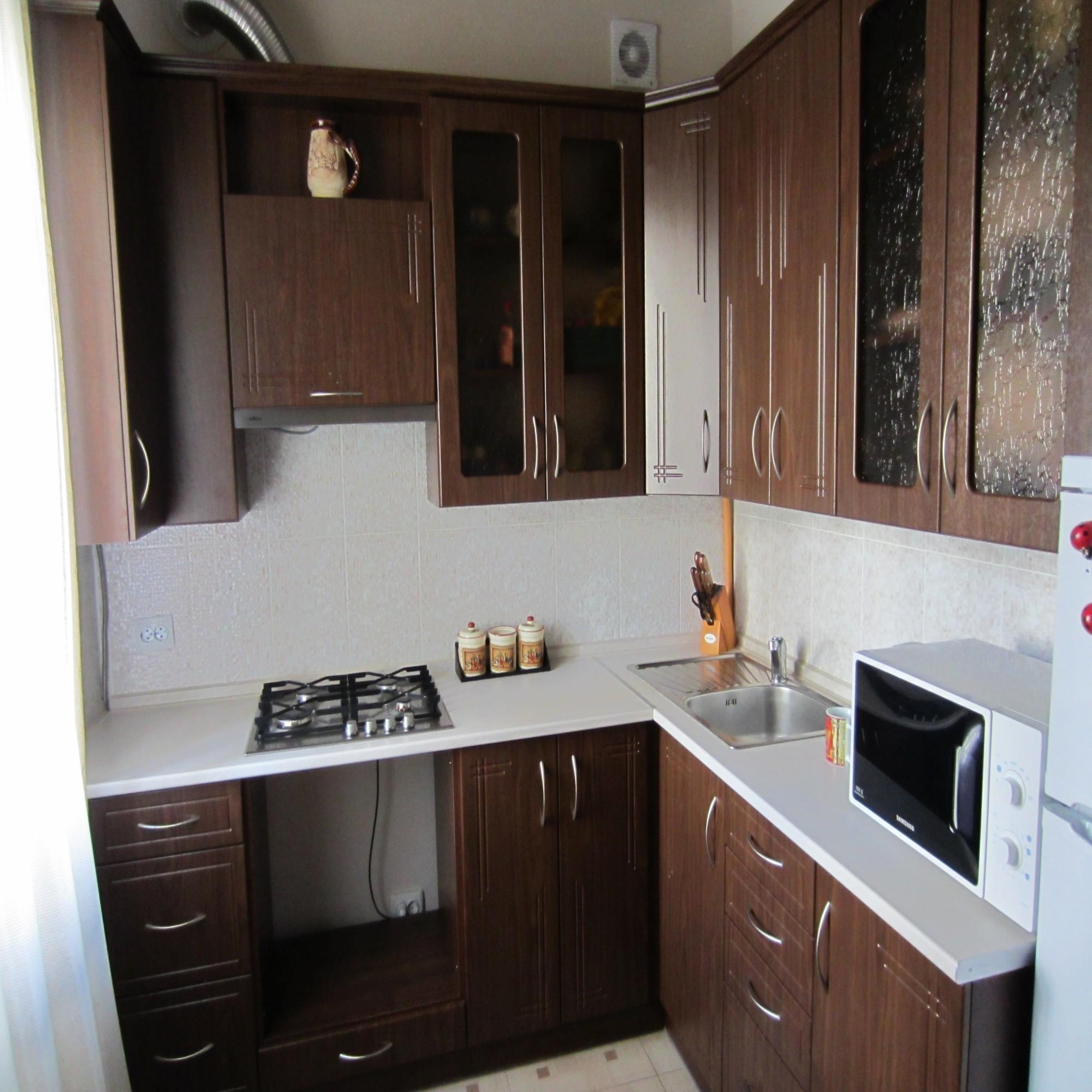 Кухня в хрущевке из МДФ
