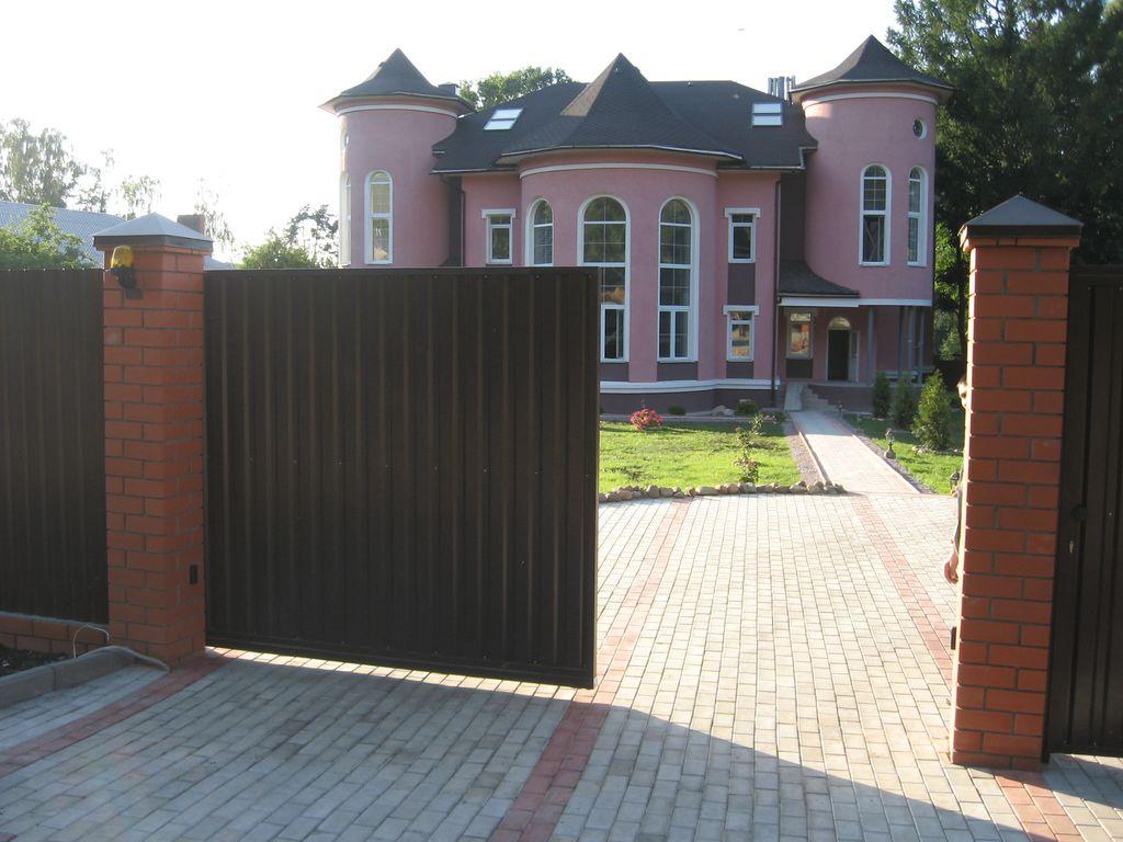 Металлические консольные ворота