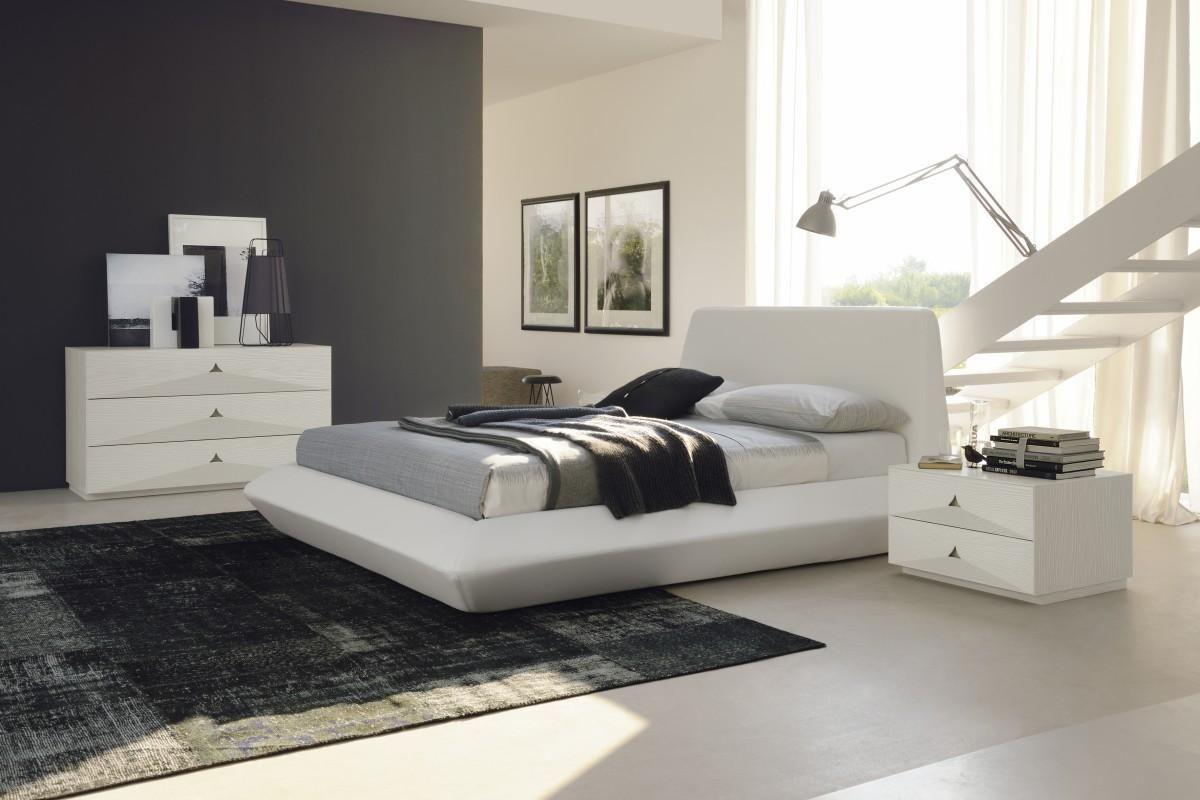 Белая мебель для спальни в стиле минимализм