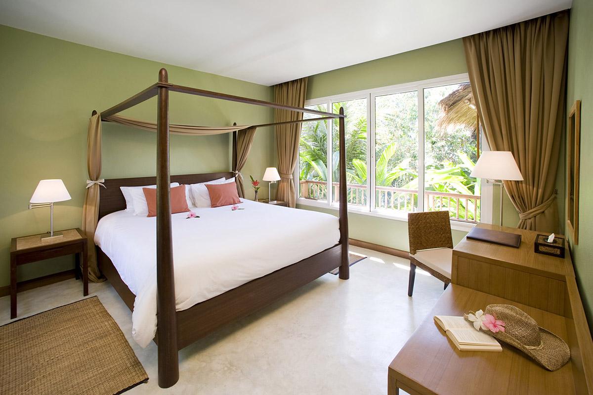 Спальня на даче в стиле минимализм