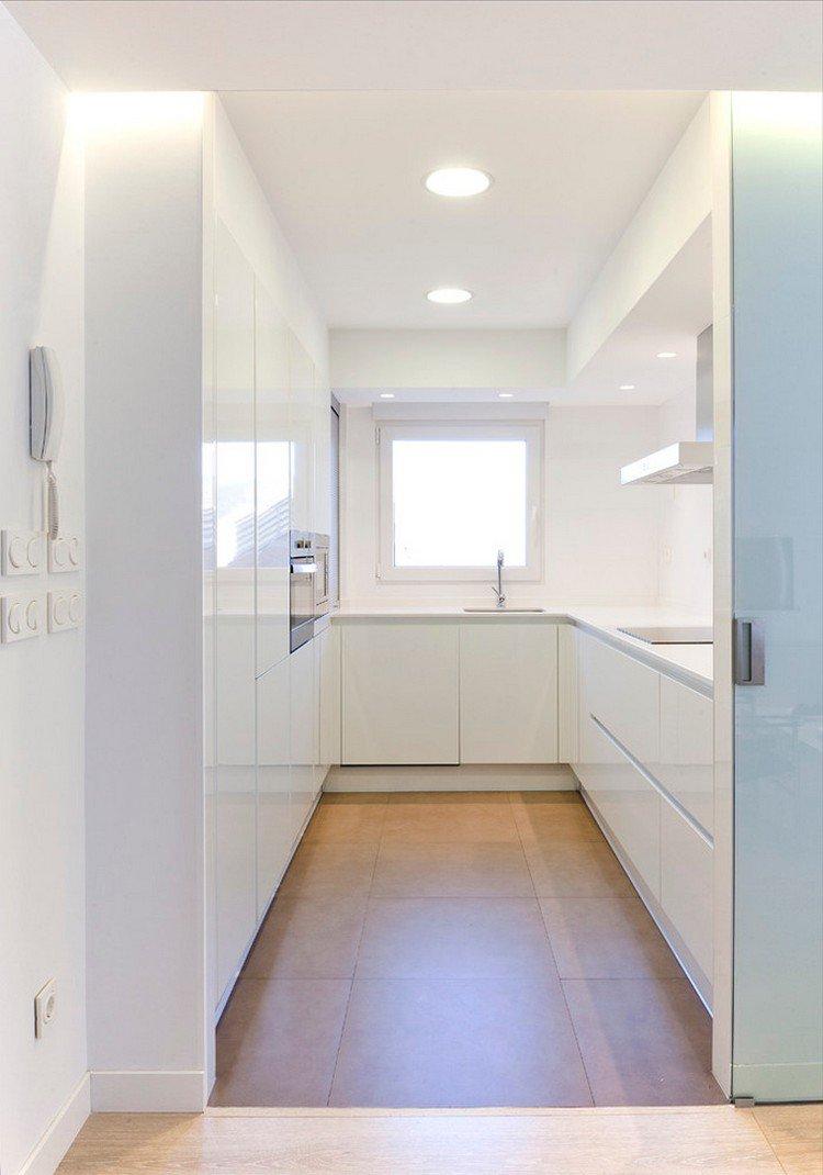 Кухня в хрущевке в стиле минимализм