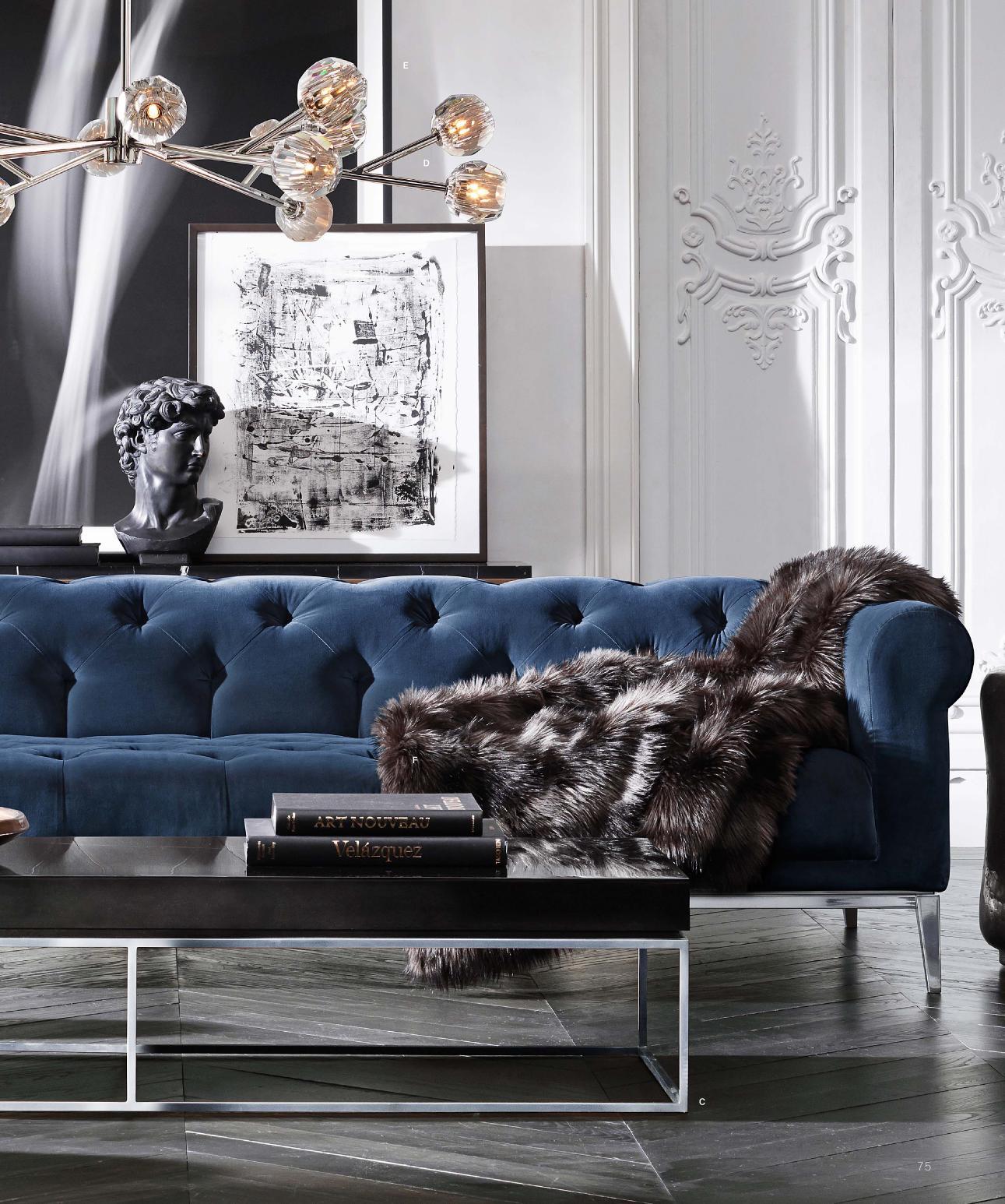 Синий диван в стиле модерн