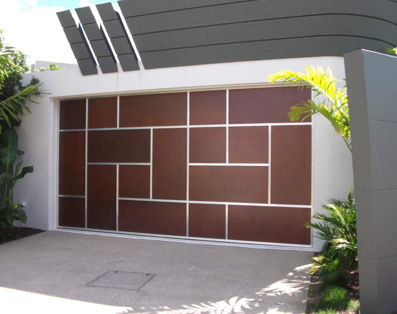 Подъемно поворотные ворота в стиле модерн