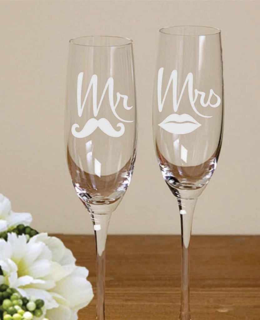 Свадебные бокалы с наклейкой