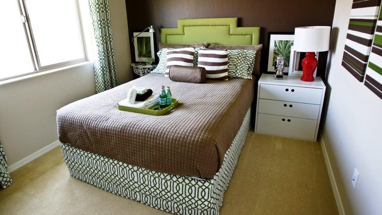 Небольшая кровать для спальни