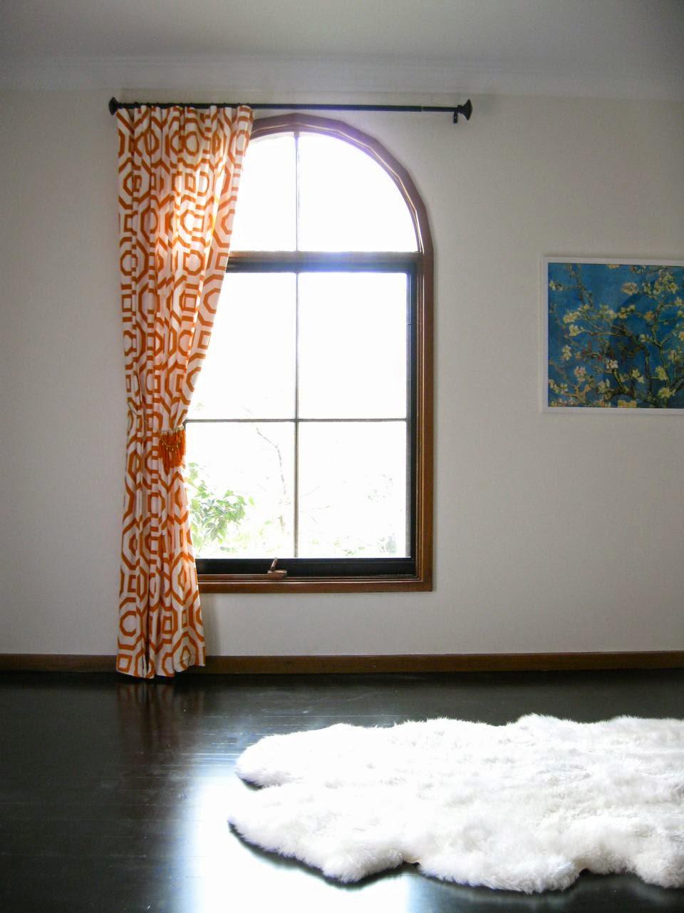 Оранжевые шторы на одну сторону