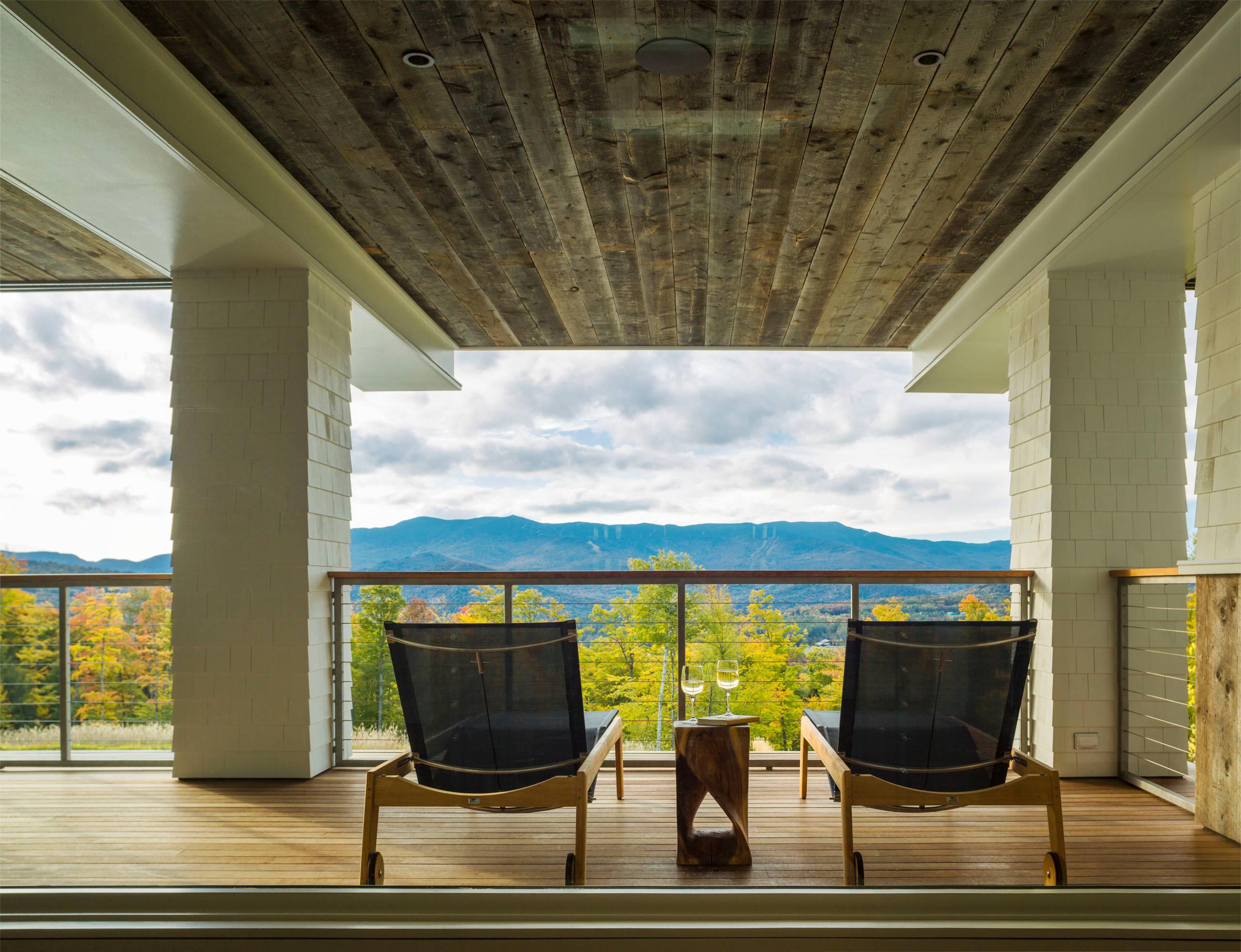 Ламинат на открытом балконе