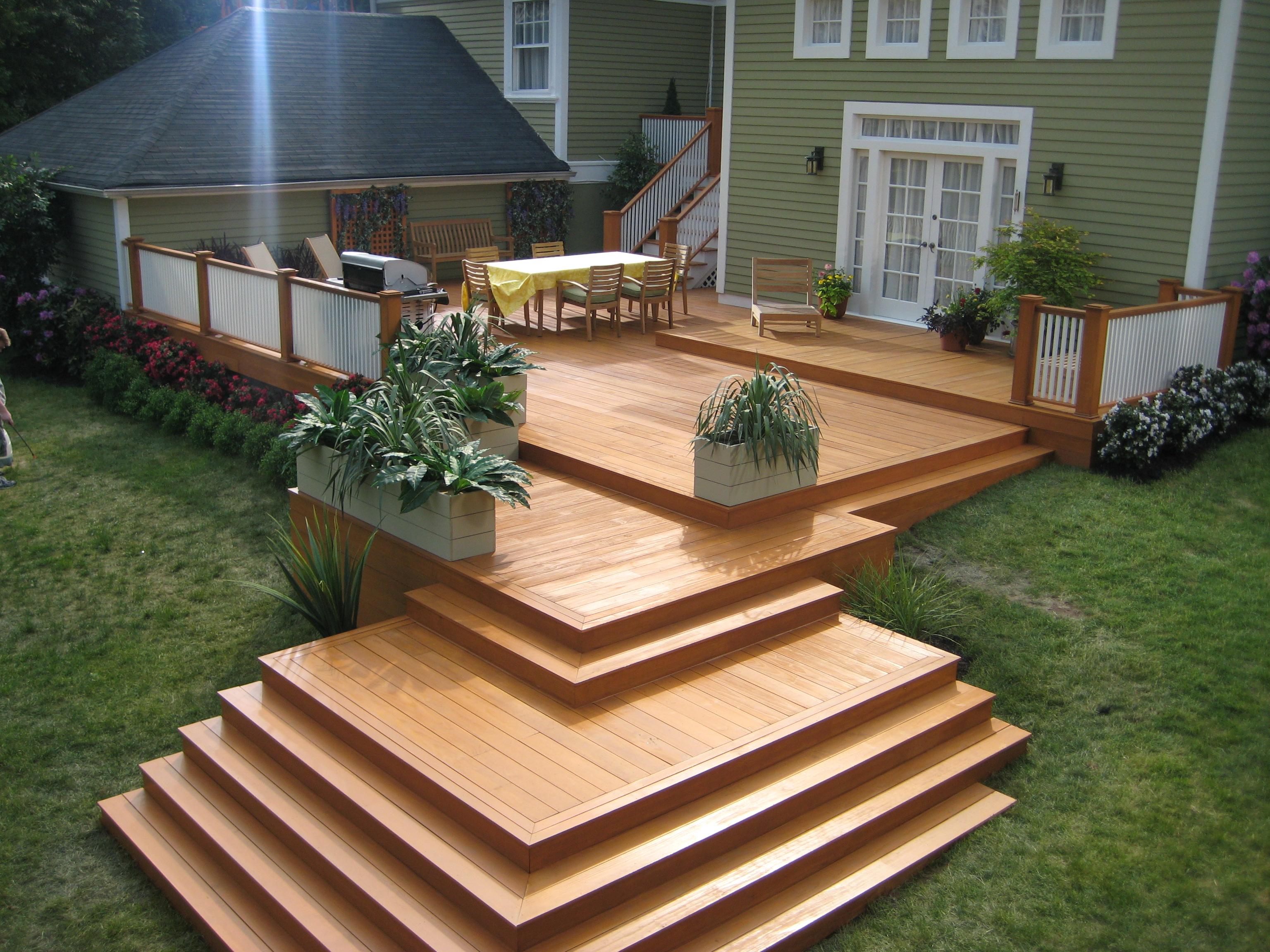 Патио из садового паркета